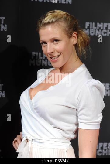 Die Schauspielerin Franziska Weisz kommt am Montag (02.07.2012) in Stock Photo, Royalty Free ...