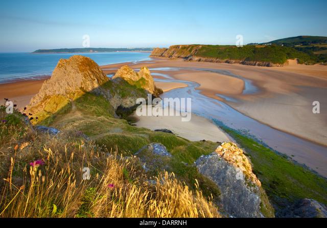 three-cliffs-bay-gower-peninsula-swansea