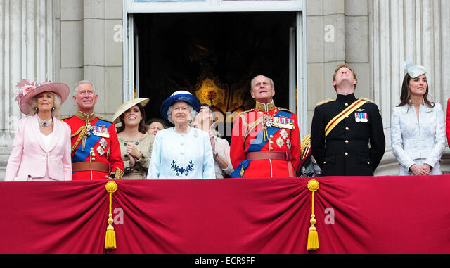 Members of the British Royal family are seen enjoying the Trooping of the Colour Celebrations on the balcony of Stock Foto