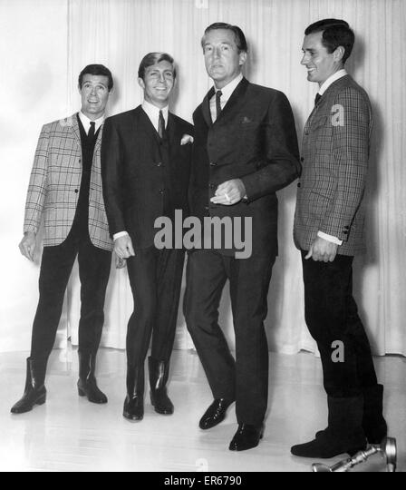 Clothing: Fashion: Menswear Suits: Hardy Amies With ...