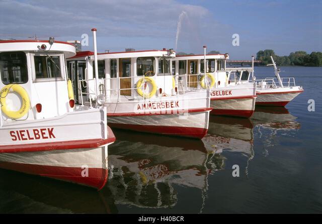 Jungfernstieg Boat Tour