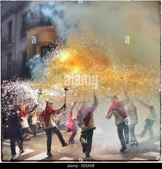 Correfoc, fireworks, Les Santes, Mataró city festival, July, Barcelona, Spain. Fire games in Catalonia Stock Foto